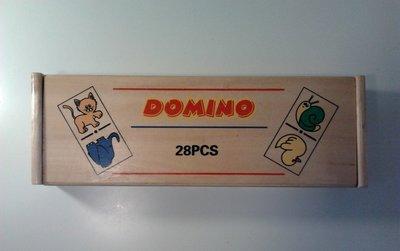 Houten dominospel in kistje met klep